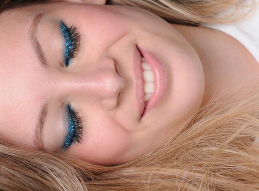 1-maquiagem-com-glitter