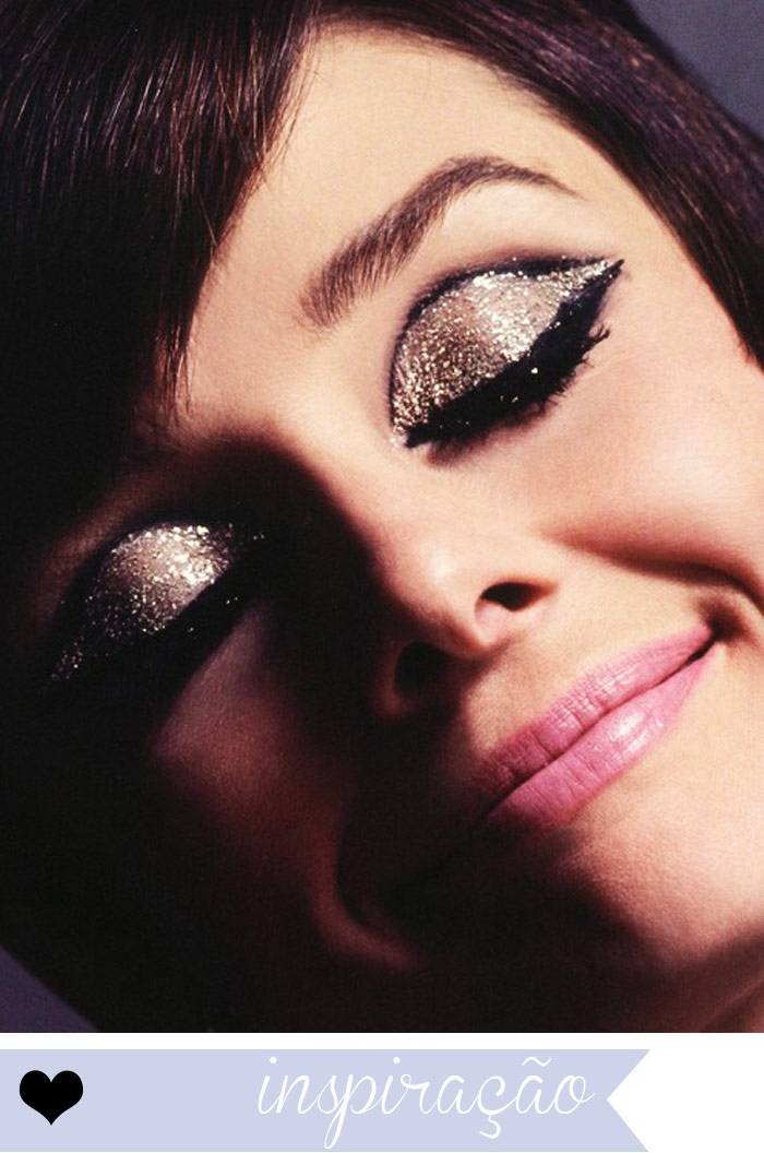 inspiracao-maquiagem-glitter-sombra-dourado-bege-preto-delineador-blog-beleza-audrey-hepburn
