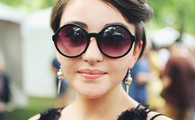 oculos-de-sol-para-usar-neste-verao